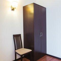 Гостиница Максим Горький 3* Стандартный семейный номер разные типы кроватей фото 3