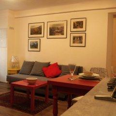 Апартаменты Romantic Garden Art Studio near Andrassy Avenue питание фото 2