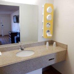 Отель Budget Inn Columbus West ванная