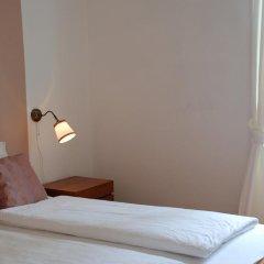 Отель The Bed and Breakfast 3* Стандартный номер с двуспальной кроватью (общая ванная комната) фото 11