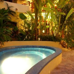 Villas Sacbe Condo Hotel and Beach Club Плая-дель-Кармен бассейн фото 3