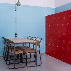 Fabrika Hostel & Suites - Hostel Кровать в общем номере с двухъярусной кроватью фото 12