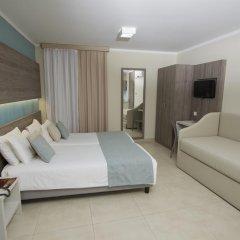 115 The Strand Hotel & Suites Гзира комната для гостей фото 4