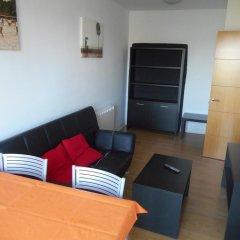 Отель Apartamentos Bahia de Boo Испания, Эль-Астильеро - отзывы, цены и фото номеров - забронировать отель Apartamentos Bahia de Boo онлайн комната для гостей