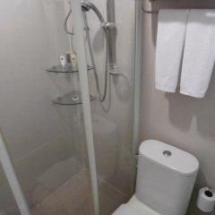 Отель Green Bells Residence New Petchburi Стандартный номер фото 4