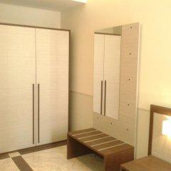Отель Corso Grand Suite сейф в номере