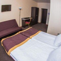 Best Отель 2* Стандартный семейный номер с двуспальной кроватью фото 3
