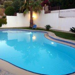 Отель Villa Amalia бассейн