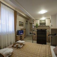 Апартаменты Apartments Jevtic Белград комната для гостей фото 2