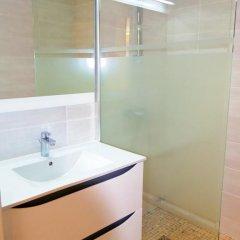 Отель Tivoli Франция, Канны - отзывы, цены и фото номеров - забронировать отель Tivoli онлайн ванная