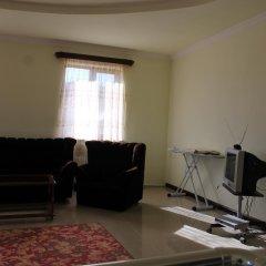 Отель Hayk House 10 in Tzahkadzor Армения, Цахкадзор - отзывы, цены и фото номеров - забронировать отель Hayk House 10 in Tzahkadzor онлайн комната для гостей фото 4