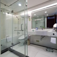 Отель Holiday Inn Shanghai Hongqiao Central 4* Представительский люкс с различными типами кроватей фото 9