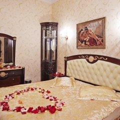 Мини-Отель Алекс на Марата Люкс с различными типами кроватей фото 5