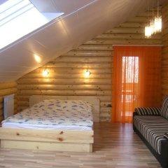 Гостевой Дом Шкадовка комната для гостей фото 3