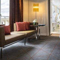 Hotel de Sers-Paris Champs Elysees 5* Улучшенный номер с различными типами кроватей