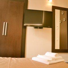 Отель The Wesley Rome 3* Стандартный номер с двуспальной кроватью (общая ванная комната) фото 2