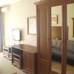Отель Private Studios in an Aparthotel Поморие комната для гостей фото 3