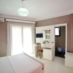 Iliria Internacional Hotel 4* Стандартный номер с различными типами кроватей фото 11