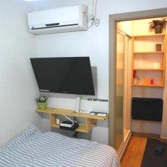 Отель Oneminute Guesthouse 2* Стандартный номер с различными типами кроватей фото 3