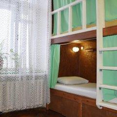 Хостел Fight night (закрыт) Кровать в женском общем номере с двухъярусными кроватями фото 6