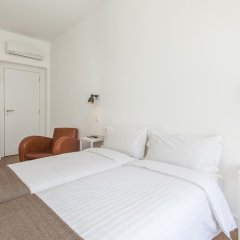 Отель Lisbon Old Town Guest House 3* Люкс с различными типами кроватей фото 25
