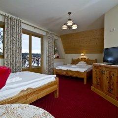 Отель Pensjonat Zakopianski Dwór 3* Стандартный номер с различными типами кроватей
