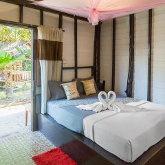 Leaf House Bungalow - Hostel Бунгало с различными типами кроватей фото 8