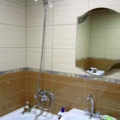 Гостиница On Mayakovskogo 16 Украина, Запорожье - отзывы, цены и фото номеров - забронировать гостиницу On Mayakovskogo 16 онлайн ванная