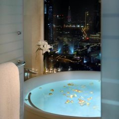 Отель Voco Dubai 5* Улучшенный номер с различными типами кроватей