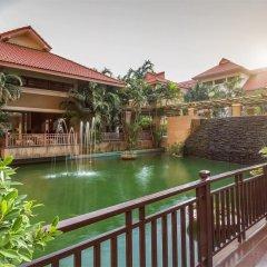 Отель Eastern Grand Palace балкон