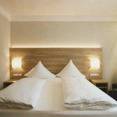 Hotel Jedermann 2* Улучшенный номер с двуспальной кроватью фото 5
