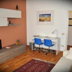 Апартаменты Apartment Parmense Парма комната для гостей фото 4