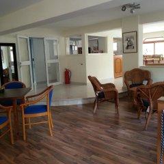 Отель St. Mamas Apts Кипр, Ларнака - отзывы, цены и фото номеров - забронировать отель St. Mamas Apts онлайн гостиничный бар