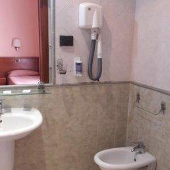Отель Aristotele 2* Стандартный номер с двуспальной кроватью фото 8
