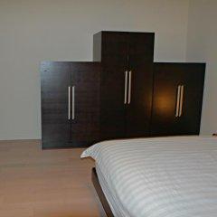 Отель Spacious Penthous @ 1010 Wilshire комната для гостей