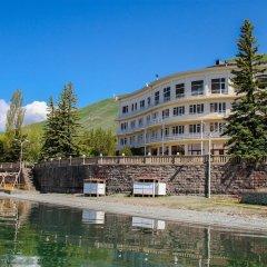 Гостиничный комплекс Голубой Севан приотельная территория