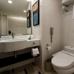 Отель Holiday Inn Shanghai Hongqiao Central 4* Улучшенный номер с различными типами кроватей фото 4
