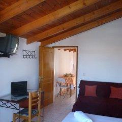 Апартаменты Pettas Apartments комната для гостей фото 5