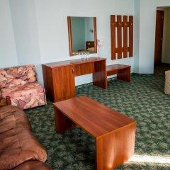 Bariakov Hotel 3* Номер Делюкс фото 13