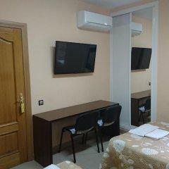 Отель Hostal Retiro Стандартный номер с двуспальной кроватью фото 7