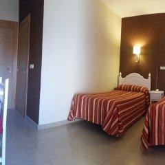 Отель Hostal Sonia Стандартный номер с различными типами кроватей фото 8