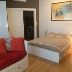 Отель Brussels Roi Baudouin Apartment Бельгия, Брюссель - отзывы, цены и фото номеров - забронировать отель Brussels Roi Baudouin Apartment онлайн комната для гостей фото 2