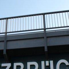 Отель Holiday Inn Express Berlin - Alexanderplatz Германия, Берлин - 3 отзыва об отеле, цены и фото номеров - забронировать отель Holiday Inn Express Berlin - Alexanderplatz онлайн балкон
