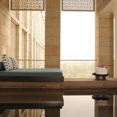 Отель The Lodhi 5* Стандартный номер с различными типами кроватей фото 9