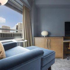 Отель New York Hilton Midtown 4* Номер Skyline с двуспальной кроватью фото 2