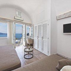 Отель Athina Luxury Suites 4* Люкс повышенной комфортности с различными типами кроватей фото 22