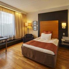 Отель Crowne Plaza Helsinki Финляндия, Хельсинки - - забронировать отель Crowne Plaza Helsinki, цены и фото номеров комната для гостей фото 3