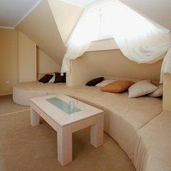 Family Hotel Diana Люкс с различными типами кроватей фото 2