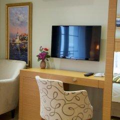 Отель Art Nouveau Galata 3* Люкс повышенной комфортности с различными типами кроватей фото 3