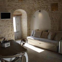 Отель Enjoytrulli B&B Альберобелло комната для гостей фото 2
